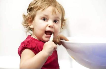 合肥口腔医院专家介绍,龋齿会传染吗